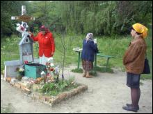 Могила Матушки Алипии