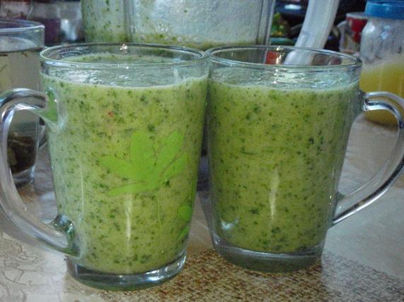 зеленый коктейль Петробанан - копия