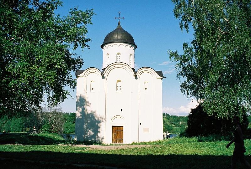 Церковь во имя святого мученика георгия победоносца
